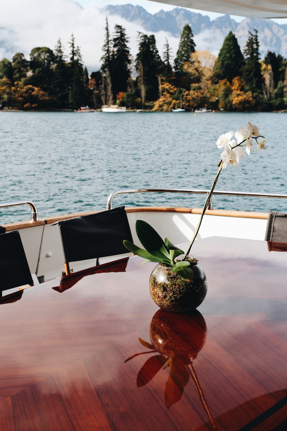 Image of the beautiful lake from a table on the luxurious Pacific Jemm